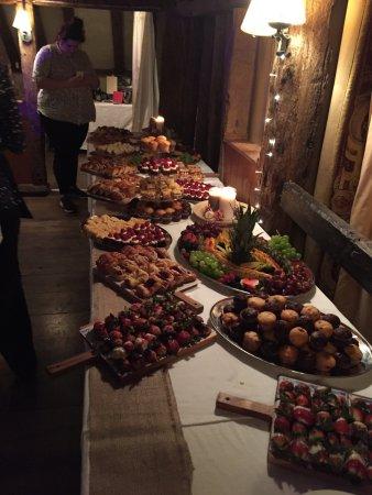 Wrotham, UK: Sweet buffet