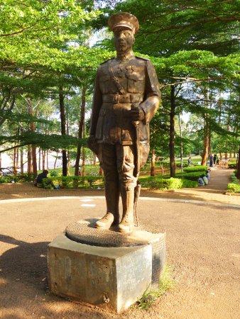 Яунде, Камерун: Charles Atangana