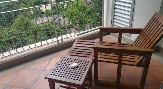 Cosy Room, Convenient location and value for Money