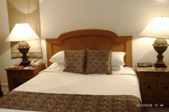 Hotel Aryaduta Semanggi: We stayed here from Aug 10, 2010 till March 29, 2012. It was a enjoyable/comfortable stay. Reall