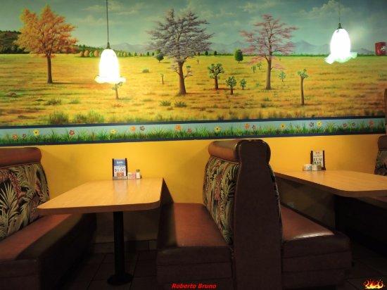 Phelan, Californië: Sala ristorante