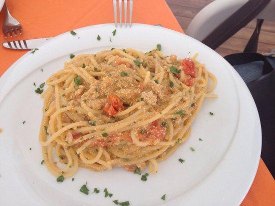 Province of Trapani, Italy: Piatti squisiti , veri sapori mediterranei serviti con simpatia e tanta cortesia