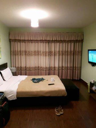 Progressive Park Hotel: IMG_20160703_222057_large.jpg