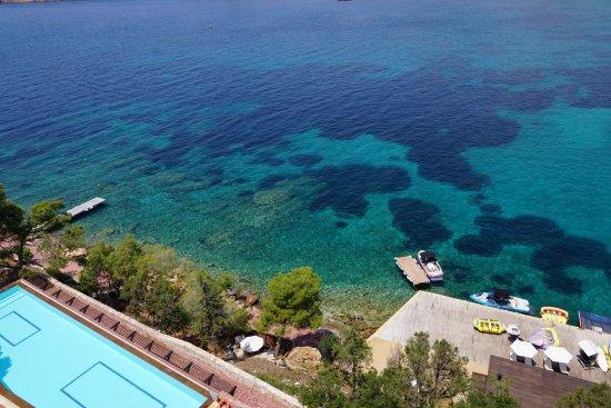 The Westin Athens Astir Palace Beach Resort: Muhteşem yüzme alanı ve tertemiz deniz