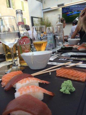 8ème Avenue Brasserie : Birra e sushi