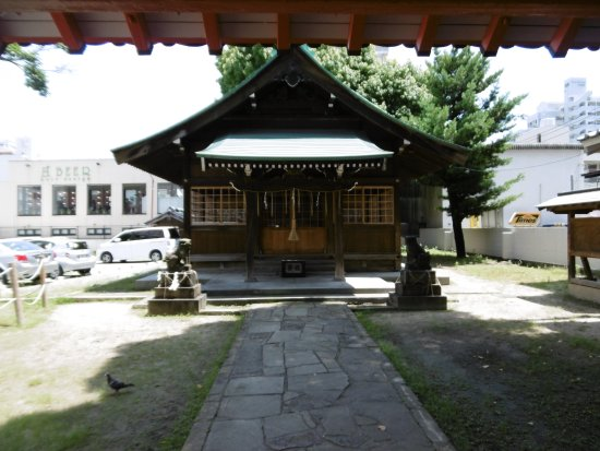 ‪Wakamiya Shrine‬