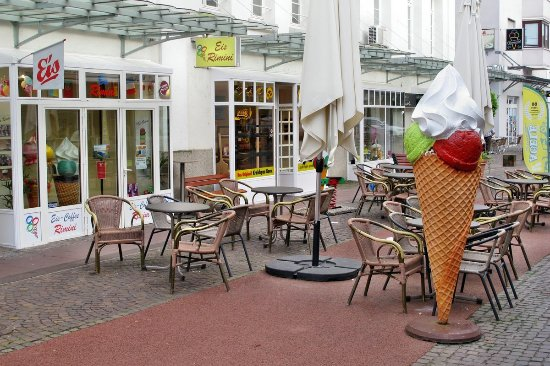 Gaggenau, Duitsland: Aussenbereich (vor der Öffnung)