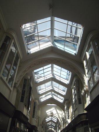 Burlington Arcade: Abundance of light