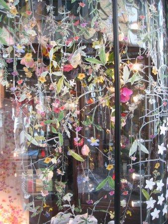 Burlington Arcade: Attractive display