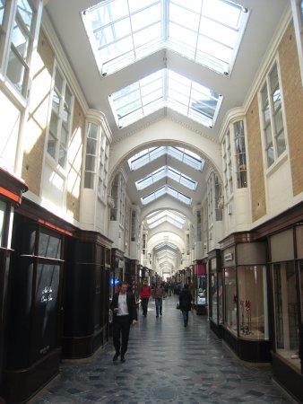 Burlington Arcade: Grand view