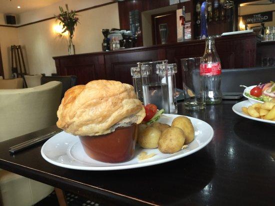 The Poachers Restaurant and Lounge: photo3.jpg