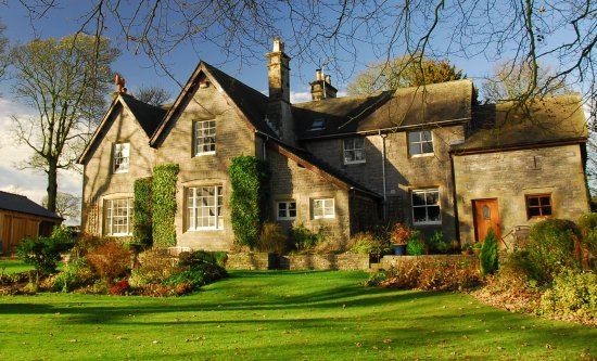 Wetton, UK: Beautiful Victorian Country House set in an acre of landscaped gardens