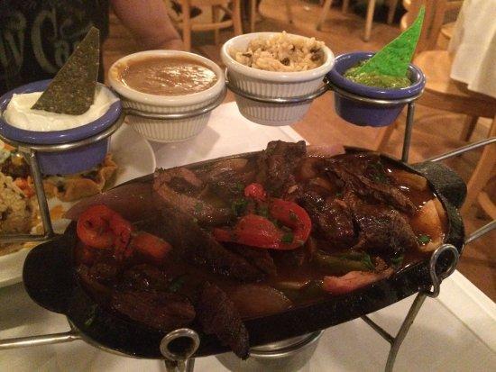 Williamstown, MA: Coyote Flaco Restaurant