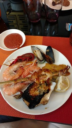 seafood lunch buffet picture of hilton zhengzhou zhengzhou rh tripadvisor co za seafood lunch buffet las vegas seafood lunch buffet gold coast