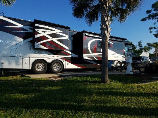 Naples Motorcoach Resort: This is a very nice resort.  No problems with our 45 foot rv. Beautiful landscaping. Extremely n