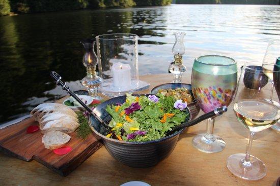 Nimmo Bay Wilderness Resort : Al fresco dining by the water
