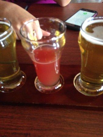 Robbinsdale, MN: beer flight