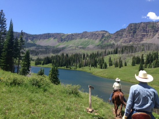 Ripple Creek Lodge : Nearby trail for hiking and riding: Flat Tops