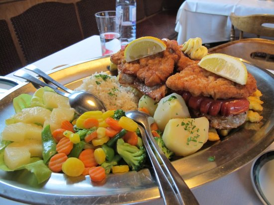 Steyrling, Autriche : mixed grill