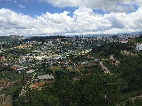Thien Vien Truc Lam: view from the cable car
