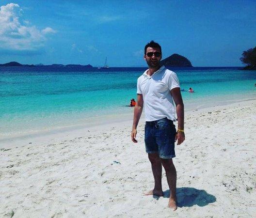 Rattana Beach Hotel: Остров на который нас отправил Отель))) Corall Island