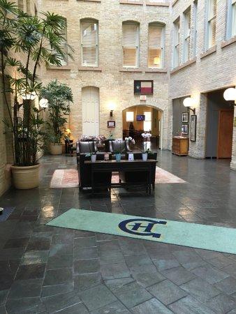 Crockett Hotel: Lobby