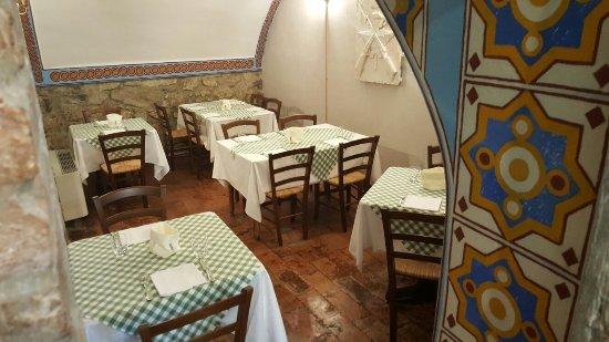 Trattoria Al Ghiacciarolo : noi siamo andati alla riapertura quest'anno a giugno ed abbiamo mangiato benissimo
