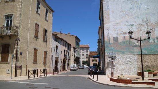 La Palme, Francia: In the village