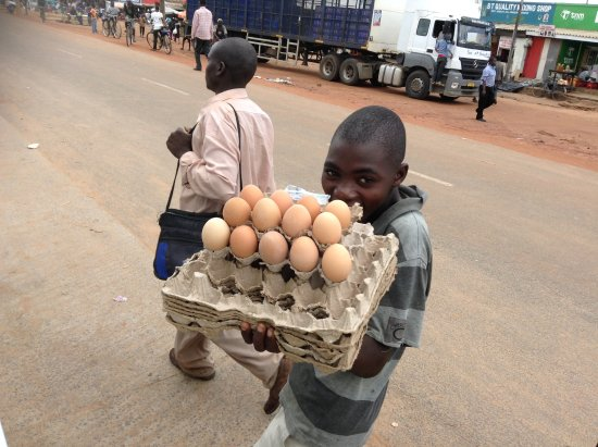 Malawi: Eggs on long waits for the minibus to fill