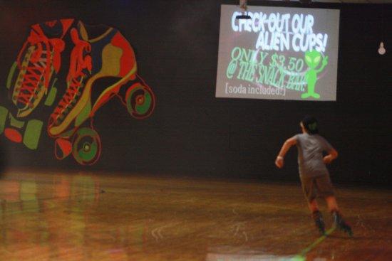 Pekin, IL: Skate floor