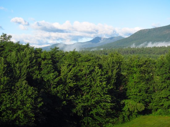 North Conway Mountain Inn: view to the north, gorgeous NH!