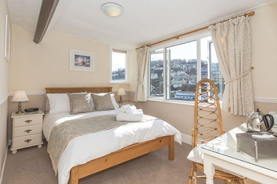 Deganwy Hotel Updated 2018 Prices B Reviews Looe Cornwall Tripadvisor