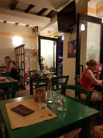 San Terenzo, Italia: 20160708_220018_large.jpg