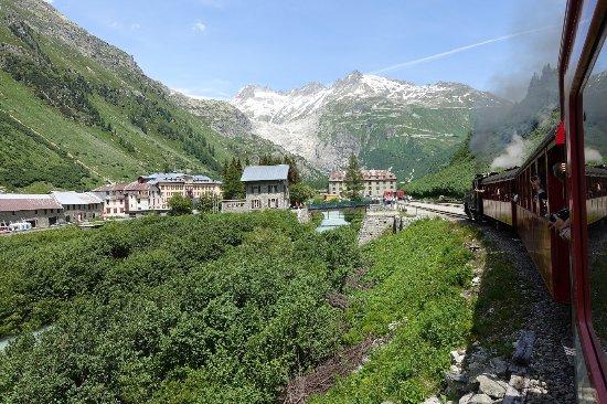 Realp, Switzerland: Einfahrt in Gletsch