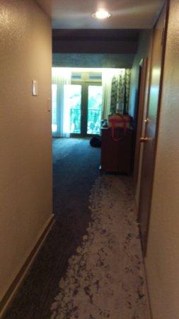 Lake Ozark, Миссури: Junior Suite entryway