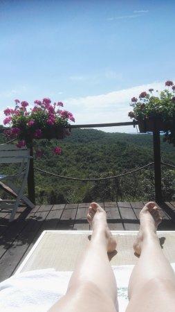 Agriturismo Borgo Nuovo di Mulinelli: Uitzicht bij het zwembad