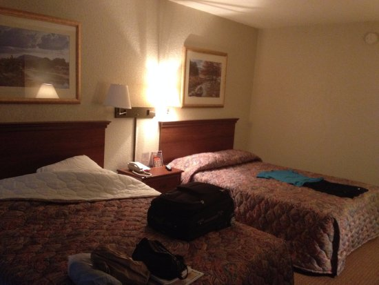 sleepy inn motel We found properties like sleepy hollow motel that other travelers liked: inn at the finger lakes this rating is a reflection of how the property compares to the industry standard when it comes to price, facilities and services available.