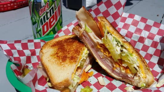 Hoquiam, WA: The Crunch has chips in it that add a a special touch to this wonderful version of ham sandwich