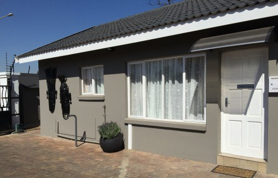 Kempton Park, Zuid-Afrika: Reception