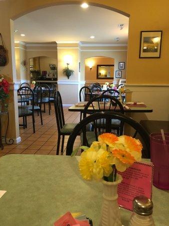 Clark's Restaurant: photo0.jpg