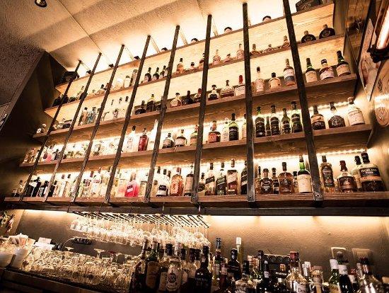 Gavrio, Grèce : .....Inside bar