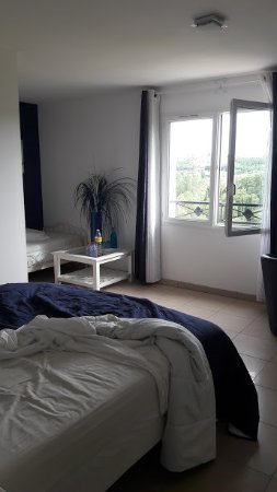 Vieille-Toulouse, France: Chambre (le jour du départ donc pas au plus propre)