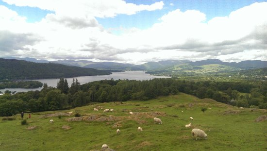 Brant Fell Above the Bustle: Spectacular views over Lake Windermere