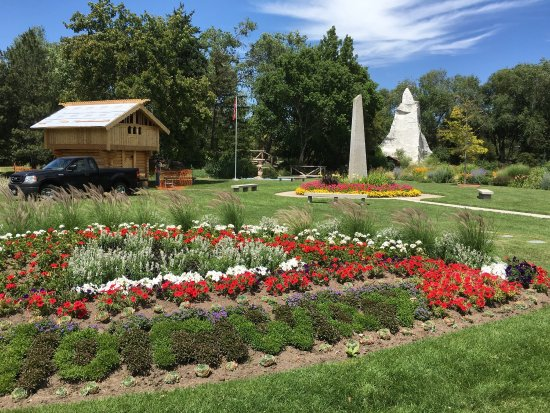 International Peace Gardens at Jordan Park - Picture of ...