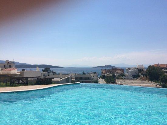 Evia Hotel & Suites: photo0.jpg