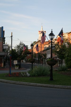 James Gettys Hotel: Town Square