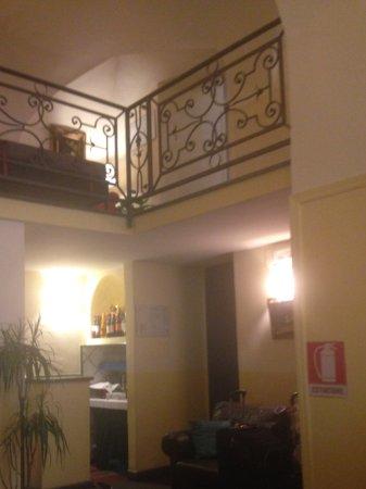 Unicorno: Hotel Lobby