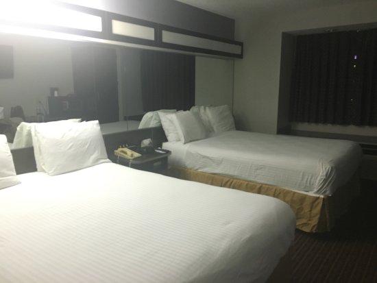 Microtel Inn & Suites by Wyndham Bowling Green: photo0.jpg