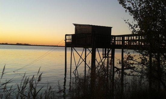 Blaye, France : pêche en bord d'Estuaire