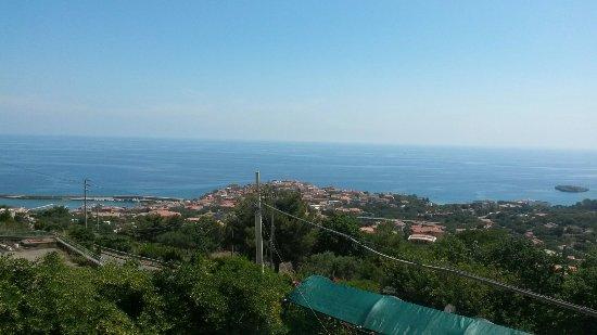 Casa Vacanze Villa Arcangelo : Vista panoramica dal terrazzo  comune